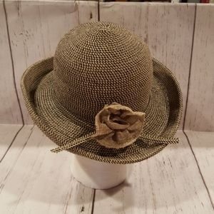 seagrass hat.